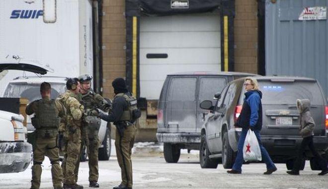 Μακελειό σε εμπορικό κέντρο στις ΗΠΑ: Τουλάχιστον τρεις νεκροί