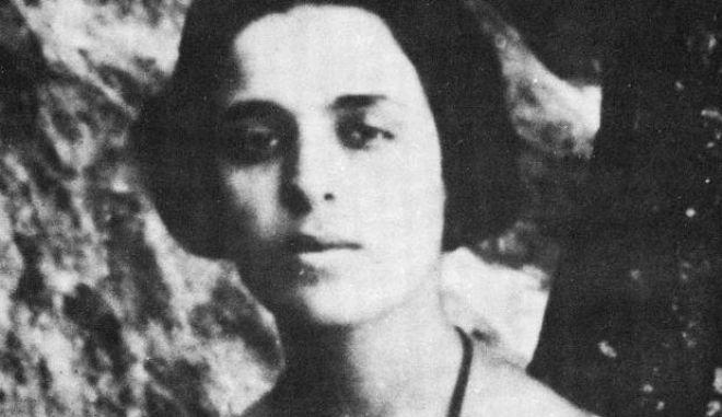 """Μαρία Πολυδούρη: Σαν σήμερα έφυγε από τη ζωή η """"καταραμένη"""" ποιήτρια της Ελλάδας"""