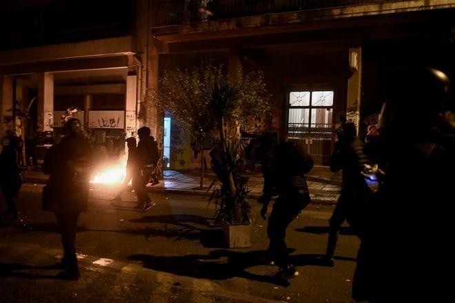 Ένταση στα Εξάρχεια μετά την πορεία στη μνήμη του Αλέξη Γρηγορόπουλου. Πάρασκευή 6 Δεκεμβρίου 2019