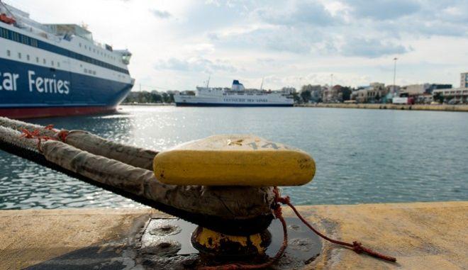 Απεργία ΠΝΟ: Δεμένα τα πλοία στις 8 Δεκέμβρη