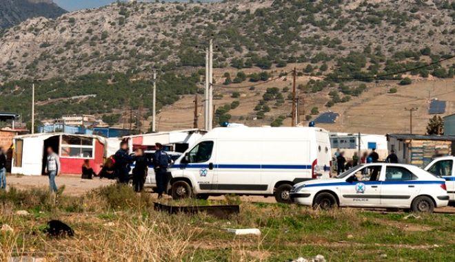 Στο πλαίσιο του επιχειρησιακού σχεδιασμού της Γενικής Αστυνομικής Διεύθυνσης Αττικής, για την πρόληψη και καταστολή της εγκληματικότητας, πραγματοποιήθηκε την Τρίτη 19 Νοεμβρίου 2013, αστυνομική επιχείρηση στην περιοχή του Ασπρόπυργου. Στην επιχείρηση συμμετείχαν αστυνομικοί από τις Διευθύνσεις Αστυνομίας Δυτικής Αττικής, Ασφάλειας και Τροχαίας με τα ανάλογα μέσα και εξοπλισμό.  Κατά τη διάρκεια της αστυνομικής επιχείρησης: Ελέγχθηκαν: 120 άτομα και 55 οχήματα,  Προσήχθησαν : 65 άτομα,  Συνελήφθησαν : 9 άτομα εκ των οποίων: Οκτώ (8) άτομα για κλοπή ηλεκτρικού ρεύματος και ένα (1) άτομο για καταδικαστικές αποφάσεις ενώ βεβαιώθηκαν 14 παραβάσεις Κ.Ο.Κ.  (ΓΡΑΦΕΙΟ ΤΥΠΟΥ ΕΛΛΑΣ/ΥΠΟΥΡΓΕΙΟΥ ΔΗΜ.ΤΑΞΕΩΣ)