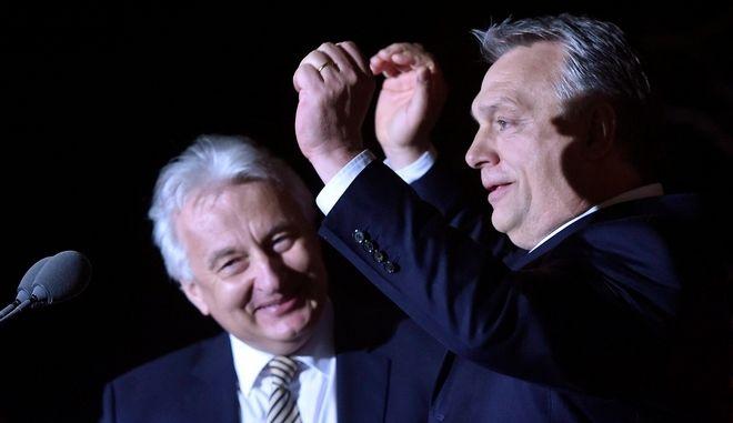 Νικητής στις βουλευτικές εκλογές της Ουγγαρίας κηρύχθηκε ο Βίκτορ Όρμπαν