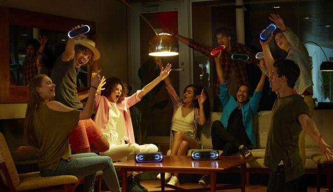Η Sony έχει επιλέξει μια σειρά προϊόντων που είναι ιδανικά για το απόλυτο καλοκαιρινό σας πάρτι