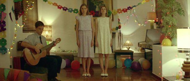 """Από τον """"Κυνόδοντα"""" στην """"Ευνοούμενη"""": Οι ταινίες, τα βραβεία και τα λόγια του Γιώργου Λάνθιμου"""