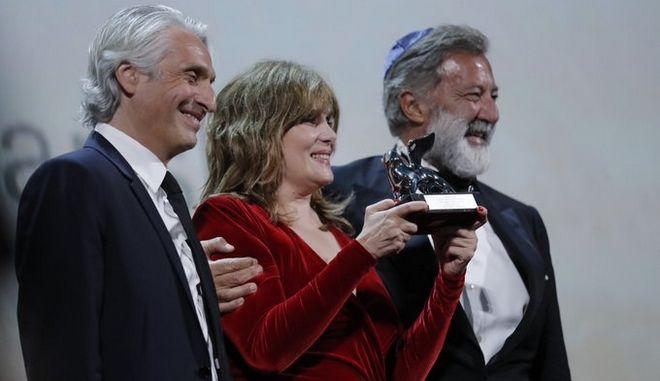 """Το μεγάλο βραβείο της κριτικής επιτροπής στην ταινία """"J'accuse"""" του Ρομάν Πολάνσκι."""