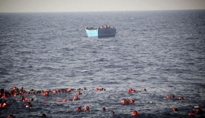 Ιταλία: 58 μετανάστες νεκροί και 100 αγνοούμενοι σε μία εβδομάδα