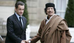 Σαρκοζί - Καντάφι: Από τις βαλίτσες με τα χρήματα στην εντολή για τους βομβαρδισμούς