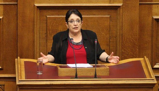 """Συνέχιση της συζήτησης στην Βουλή, επί του σχεδίου νόμου του Υπουργείου Περιβάλλοντος Ενέργειας και Κλιματικής Αλλαγής """"Δημιουργία νέας καθετοποιημένης εταιρίας ηλεκτρικής ενέργειας"""" (Μικρή ΔΕΗ) την Τετάρτη 9 Ιουλίου 2014."""