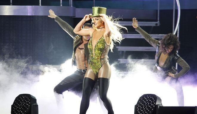 Η Britney Spears ανακοίνωσε πως δεν θα εμφανιστεί ποτέ ξανά σε σκηνή, αν δεν απαλλαγεί από την κηδεμονία του πατέρα της.