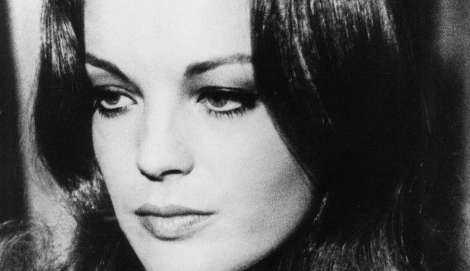 Μηχανή του Χρόνου: Ο θυελλώδης έρωτας της Ρόμι Σνάιντερ με τον Ντελόν κι ο εγκλεισμός στο ψυχιατρείο