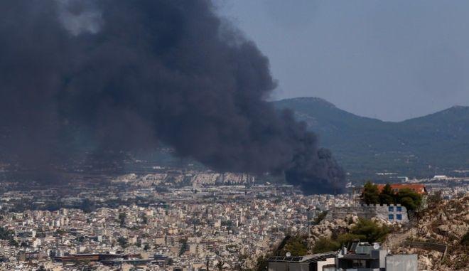 Φωτιά στη Μεταμόρφωση: Τρομακτική εκτίμηση για το τοξικό νέφος - Μπορεί να φτάσει στην Κρήτη
