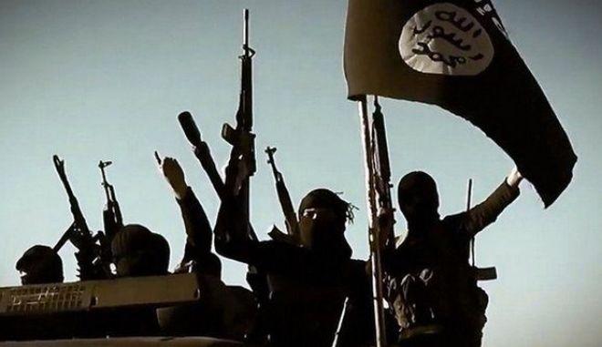 Συρία: Πρωτοφανής συμφωνία για μεταφορά 4.000 τζιχαντιστών και αμάχων από τη Δαμασκό