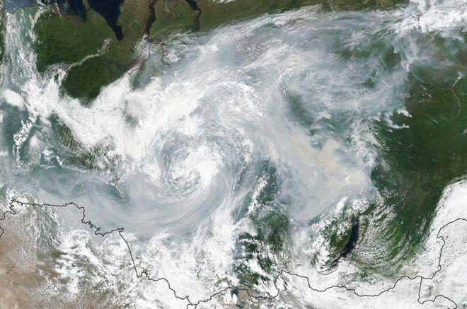 Δορυφορική φωτογραφία από τις τεράστιες φωτιές σε δασικές εκτάσεις της Σιβηρίας τον Ιούλιο του 2019.