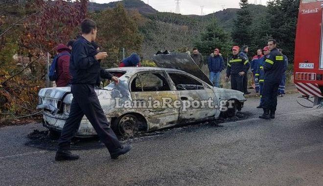 Θρίλερ στη Λαμία: Άνδρας βρέθηκε απανθρακωμένος σε αυτοκίνητο