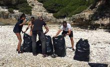 Ο Γουίλ Σμιθ και η οικογένειά του καθάρισαν παραλίες στους Αντίπαξους