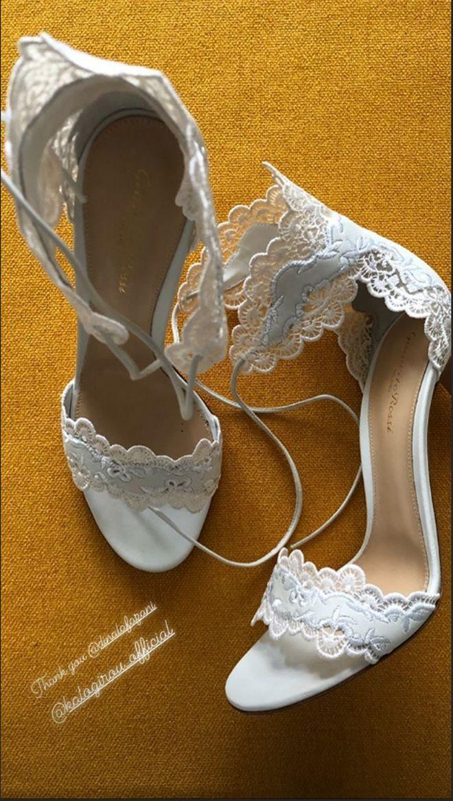 Οι γόβες που φόρεσε στον γάμο η Τζένη Μπαλατσινού