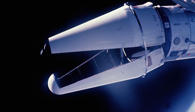 Φωτογραφίες που τράβηξαν στις 3/6/1966 οι αστροναύτες Τόμας Στάφορντ και Γιουτζίν Σέρναν από το Gemini, δείχνουν το ATDA, το μικρό διαστημικό μη επανδρωμένο σκάφος, που λειτουργούσε ως ενισχυμένος προσαρμογέας σε στόχο και με το οποίο θα συνδεόταν με το διαστημόπλοιο. Η απόπειρα σύνδεσης στέφθηκε με αποτυχία.
