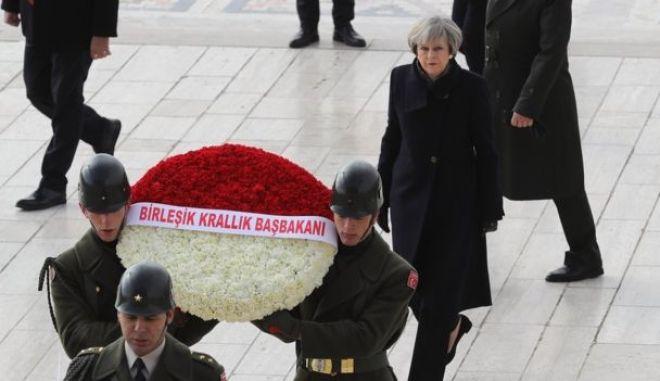Έδωσαν τα χέρια Τουρκία – Βρετανία