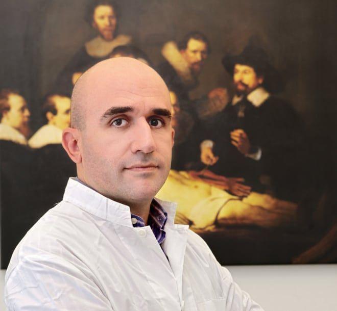 Ο ιατροδικαστής και πρόεδρος της Ελληνικής Ιατροδικαστικής Εταιρείας, Γρηγόρης Λέων, τονίζει πως το ανώτατο όριο, μέσα στο οποίο ένα θύμα πρέπει να προσέλθει, είναι οι 72 ώρες.
