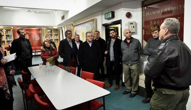 Ο ΓΓ της ΚΕ του ΚΚΕ Δημήτρης Κουτσούμπας  επισκέφθηκε τη Βιβλιοθήκη Καρλ Μαρξ στο Λονδίνο