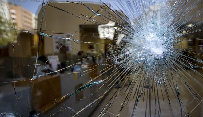 Καταστροφές από την επίθεση κουκουλοφόρων, Φωτογραφία Αρχείου