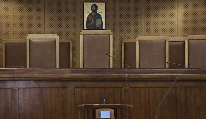 Θεσσαλονίκη: Πολυετείς ποινές κάθειρξης σε δύο βιαστές ανηλίκων