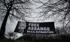 Υπόθεση Τζούλιαν Ασάνζ: Έντονη κριτική κατά του υπουργείου Δικαιοσύνης