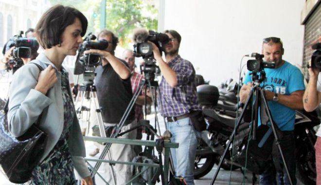 ΑΘΗΝΑ-Η ΤΡΟΙΚΑ ΣΤΟ ΥΠΟΥΡΓΕΙΟ ΕΡΓΑΣΙΑΣ// ΣΤΗ ΦΩΤΟΓΡΑΦΙΑ Η ΝΤΕΛΙΑ ΒΕΛΚΟΥΛΕΣΚΟΥ.(Eurokinissi-ΠΑΝΑΓΟΠΟΥΛΟΣ ΓΙΑΝΝΗΣ)