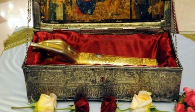 Ναύπακτος: Αμοιβή 15.000 ευρώ για κλεμμένο ιερό λείψανο