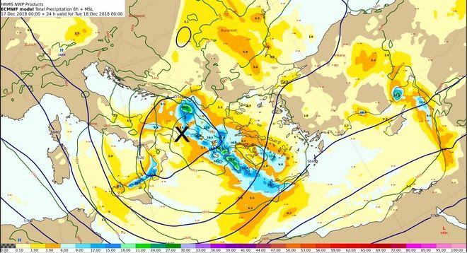 Χάρτης 500 hPa και επιφανείας με τα προβλεπόμενα ύψη υετού από Δευτέρα 17/18:00 έως Τρίτη 18/00:00 UTC