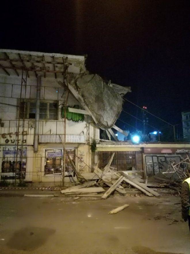 Κατέρρευσε τμήμα της οροφής της Δημοτικής Αγοράς Χαλκίδας