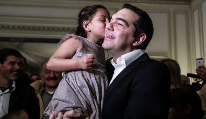 Πρωτοχρονιάτικα κάλαντα στον Πρωθυπουργό Αλέξη Τσίπα, στο Μέγαρο Μαξίμου