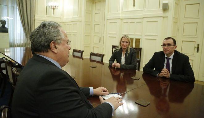ΑΘΗΝΑ-ο ειδικός σύμβουλος του γενικού γραμματέα των Ηνωμένων Εθνών για το Κυπριακό, Έσπεν Μπαρθ Άιντα, συναντήθηκε με τον υπουργό Εξωτερικών της Ελλάδας, Νίκο Κοτζιά.(Eurokinissi-ΣΤΕΛΙΟΣ ΜΙΣΙΝΑΣ)