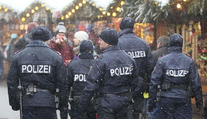Σε κλίμα τρομοκρατίας οι γιορτές στις περισσότερες Ευρωπαϊκές πόλεις