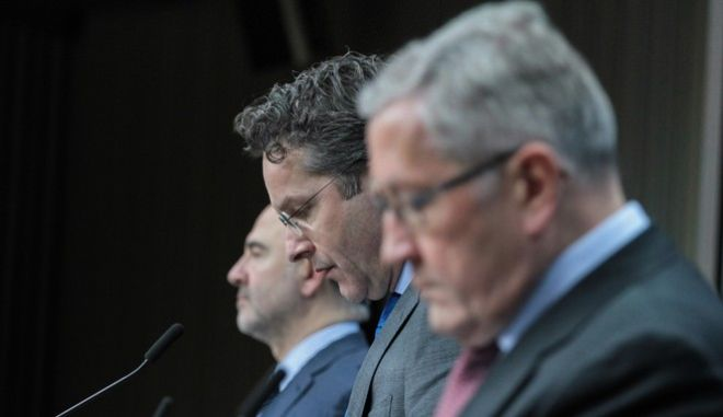 Press conference by Jeroen Dijsselbloem, Klaus Regling and Pierre Moscovici at the end of Eurogroup finance ministers meeting at the European Council in Brussels, Belgium on Jan. 26, 2017./   ,              ,  Eurogroup,     , ,  26 , 2017
