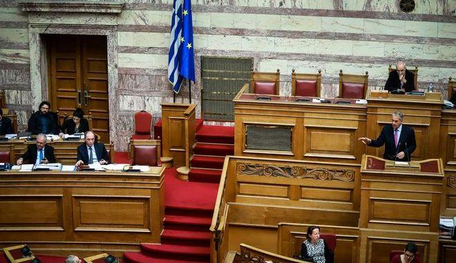 """Συζήτηση επίκαιρης επερώτησης βουλευτών της Νέας Δημοκρατίας,  με θέμα: """"Αποκαλύψεις αναφορικά με τη δράση του πρώην διευθύνοντος συμβούλου της Δημόσιας Επιχείρησης Αερίου (ΔΕΠΑ) κ. Θεόδωρου Κιτσάκου"""