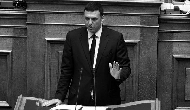 """Συζήτηση επί της αρχής, των  άρθρων και  του συνόλου του σχεδίου νόμου """"Μεταρρυθμίσεις ποινικών διατάξεων, κατάργηση των καταστημάτων κράτησης Γ΄ τύπου και άλλες διατάξεις"""" στην Ολομέελια της Βουλής την Πέμπτη 16 Απριλίου 2015. (EUROKINISSI/ΓΙΩΡΓΟΣ ΚΟΝΤΑΡΙΝΗΣ)"""
