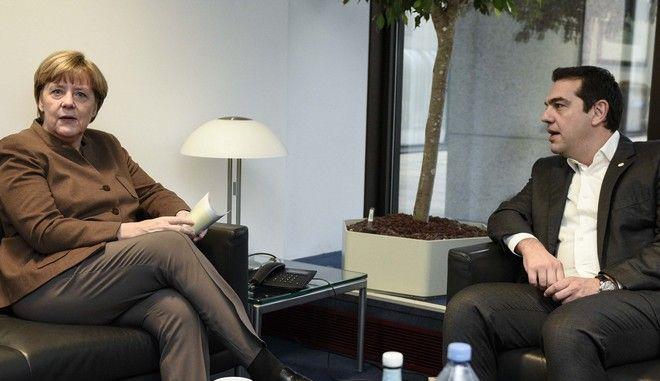 Τσίπρας και Μέρκελ τα είπαν για Hotspots και Frontex