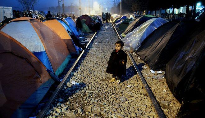 Διαμαρτυρία και πάλι απόψε στον καταυλισμό της Ειδομένης από πρόσφυγες,που ζητούν να ανοίξουν τα σύνορα για να φύγουν πρός την κεντρική Ευρώπη,Σάββατο 19 Μαρτίου 2016 (EUROKINISSI/ΤΑΤΙΑΝΑ ΜΠΟΛΑΡΗ)