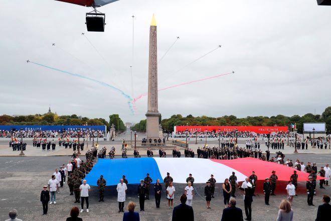 Εορτασμοί στη Γαλλία για τη μέρα της Βαστίλης