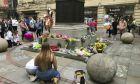 Εικόνα από πλατεία του Μάντσεστερ τον Μάιο του 2019 στην επέτειο για τα δύο χρόνια από την τρομοκρατική επίθεση στο Manchester Arena