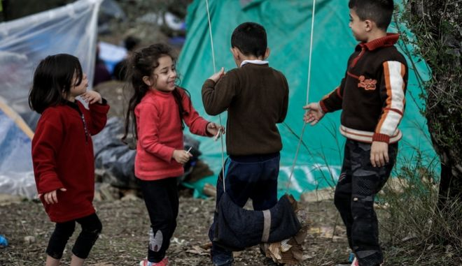 """Ανοικτό Κέντρο Φιλοξενίας Προσφύγων και Μεταναστών """"ΚΑΡΑ ΤΕΠΕ"""" στην Λέσβο. Φωτό αρχείου."""