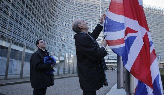Το 'κρυφό' χαρτί του Κάμερον απέναντι στην Ευρώπη