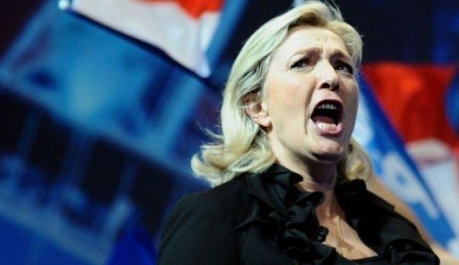 Η Γαλλία ταρακουνάει την Ευρώπη. Πρώτο κόμμα το Εθνικό Μέτωπο της Μαρίν Λεπέν