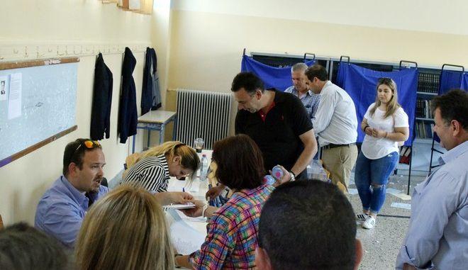 Ανανέωση κατά 50% στις εσωκομματικές εκλογές