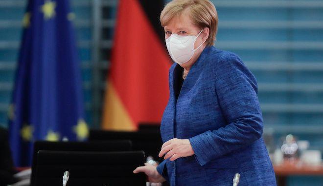 """Μέρκελ για μερικό lockdown στην Γερμανία: """"Βρισκόμαστε σε δραματική κατάσταση"""""""