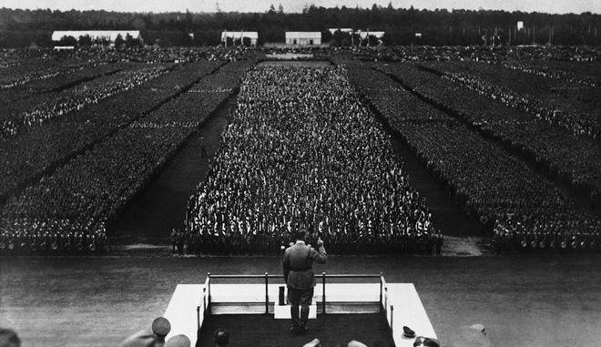 Ο Χίτλερ μιλάει στη Νυρεμβέργη το 1935