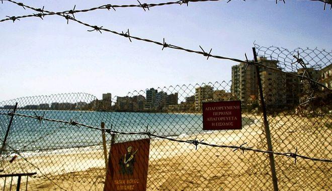 Η εγκαταλελειμμένη Αμμόχωστος, η πόλη-φάντασμα με συρματομπλέγματα