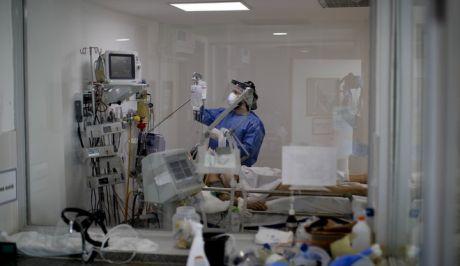 Σε υψηλά επίπεδα διατηρείται ο αριθμός των διασωληνωμένων  ασθενών με covid.