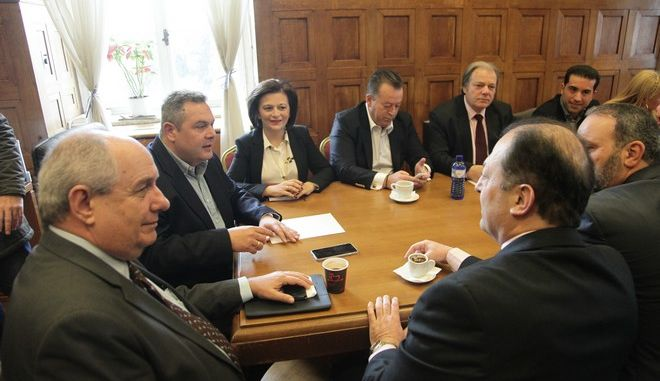 Συνεδρίαση της  κοινοβουλευτικής ομάδας των Ανεξάρτητων Ελλήνων υπό την προεδρία του Πάνου Καμμένου, στα γραφεία του κόμματος στην Βουλή, Πέμπτη 17 Μαρτίου 2016. (EUROKINISSI/ΓΙΑΝΝΗΣ ΠΑΝΑΓΟΠΟΥΛΟΣ)